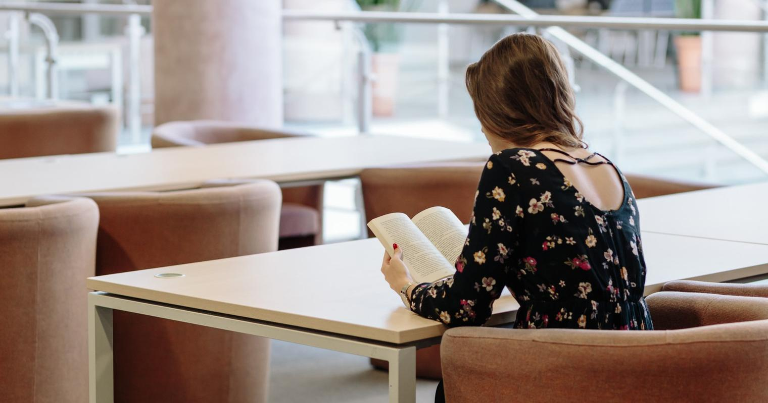 The Top Women's Colleges to Find Entry-Level Candidates